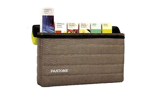 Guía KIT ESSENTIALS 'PANTONE'